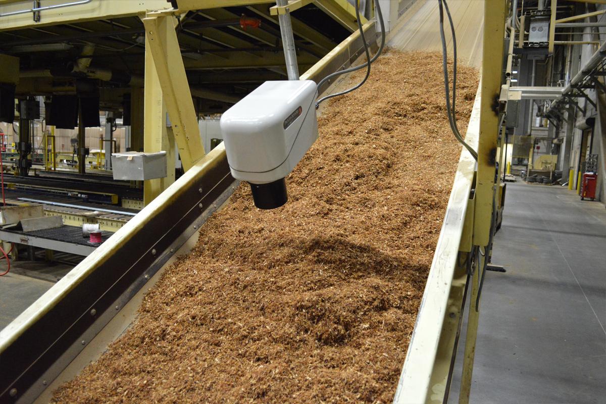 Cảm biến NIR MCT 460T đo online trên dây chuyền sản xuất thuốc lá