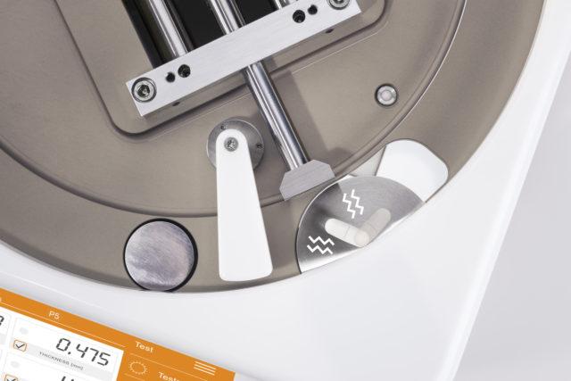 Máy kiểm tra viên thuốc bán tự động P5